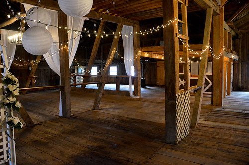 Horizon View Farms - Inside the Wedding Barn