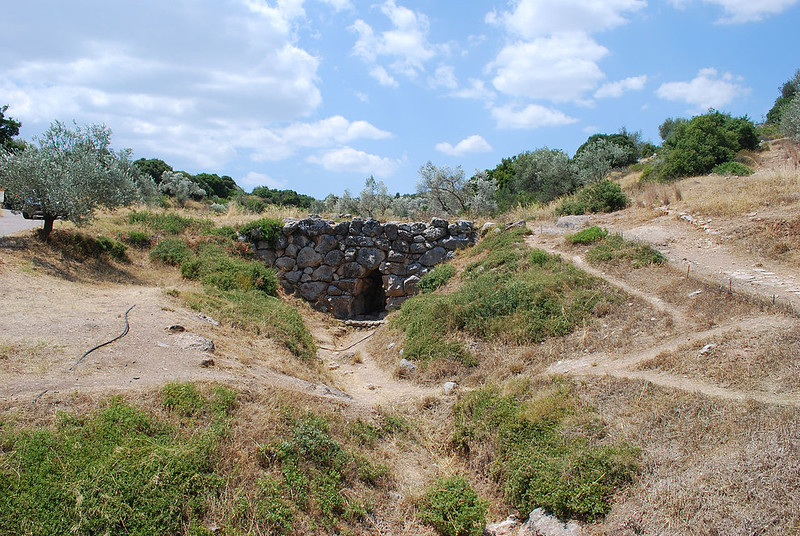 Arkadiko Bridge, the oldest known arch bridge