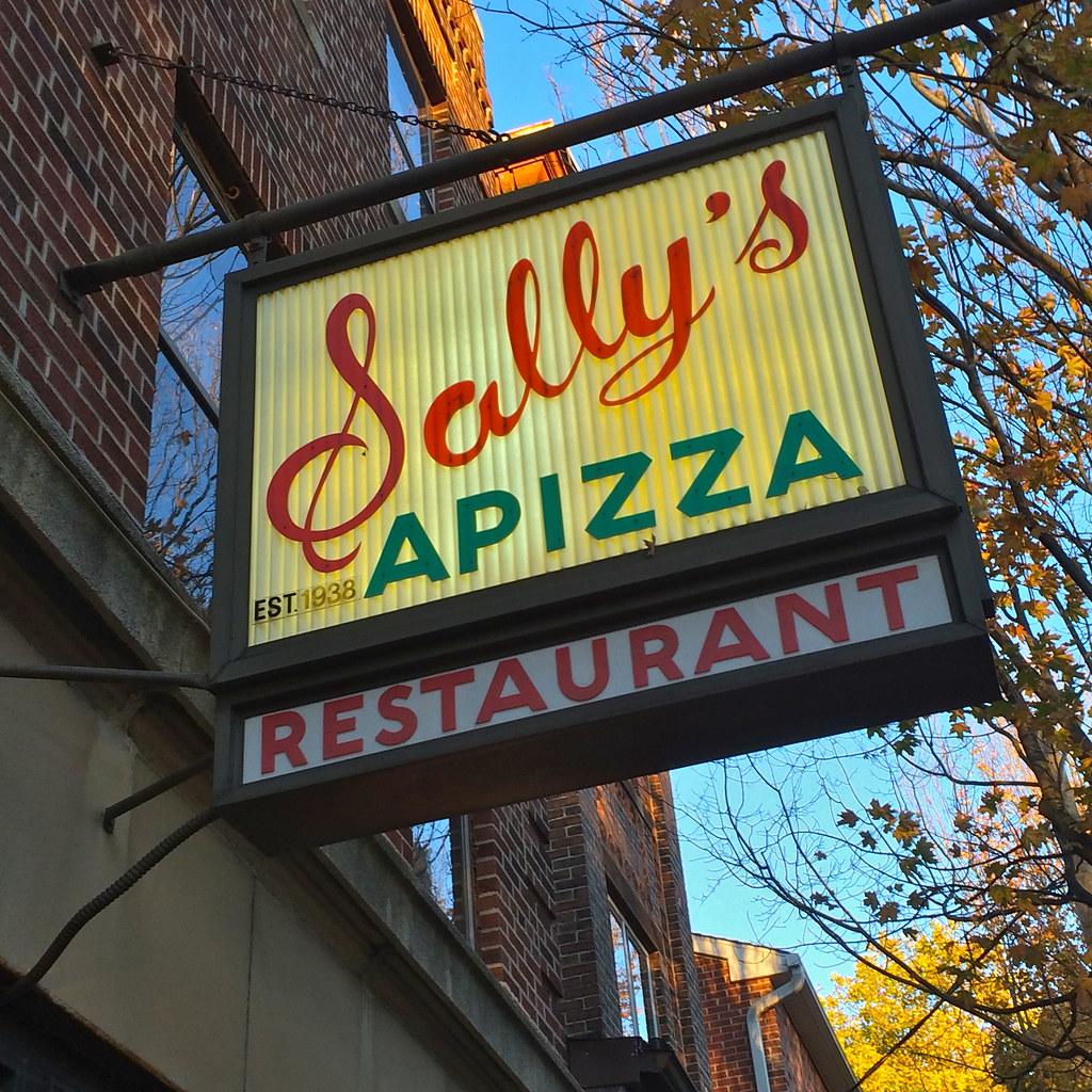 Sally's Apizza New Haven CT