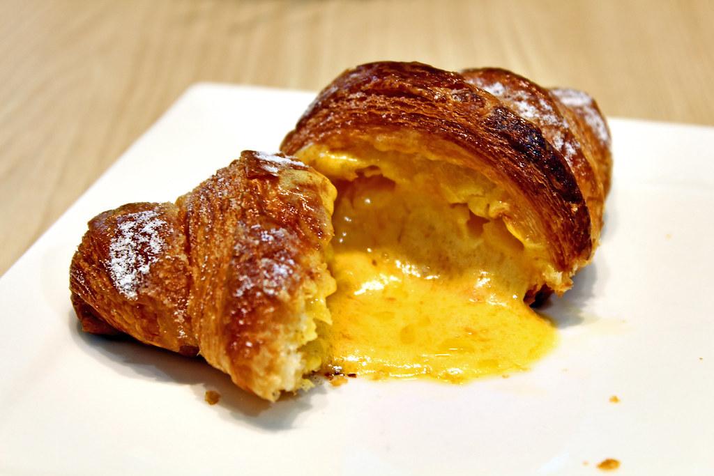 Asanoya Bakery Singapore's Salted Egg Croissant