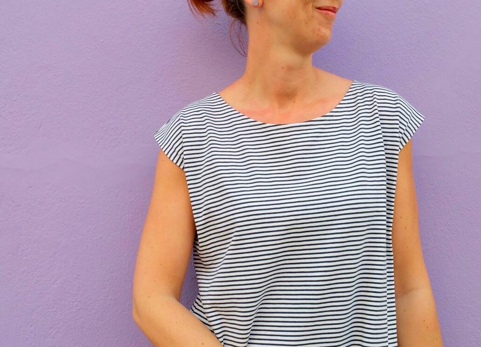 striped T-shirt dress (lavender)