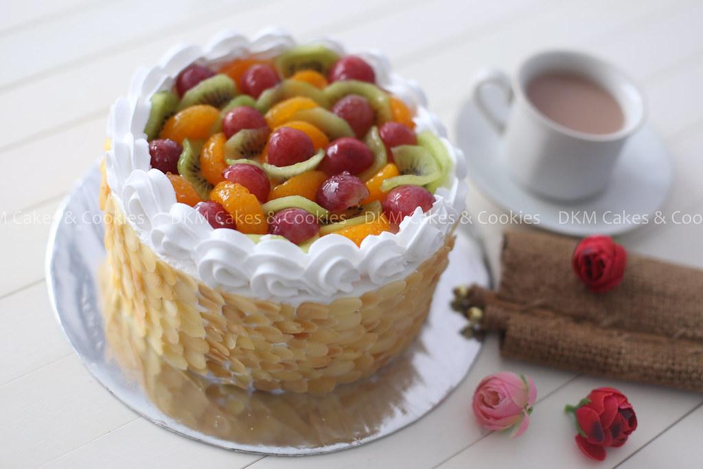6. Vanilla fruit cake DKM Cakes
