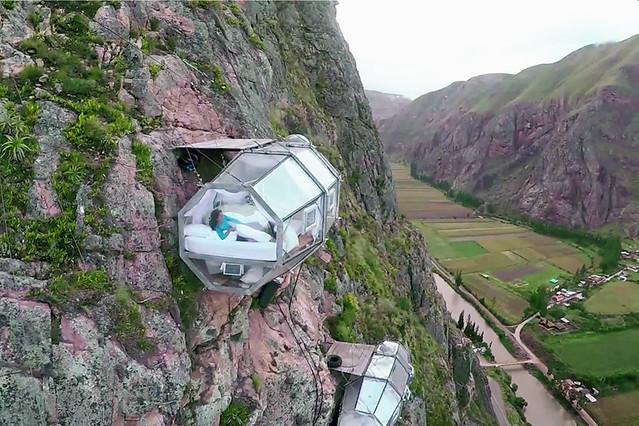 skylodge-adventure-suites-natura-vive-glass-pods-peru-designboom-01