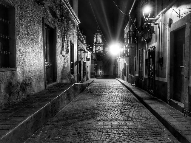 Solitary Night (Guanajuato, México. Gustavo Thomas © 2016)