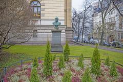 Leo Mechelin Bust, Helsinki