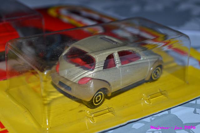 N°227 - Ford Ka 24229731760_cdcc651ecc_z