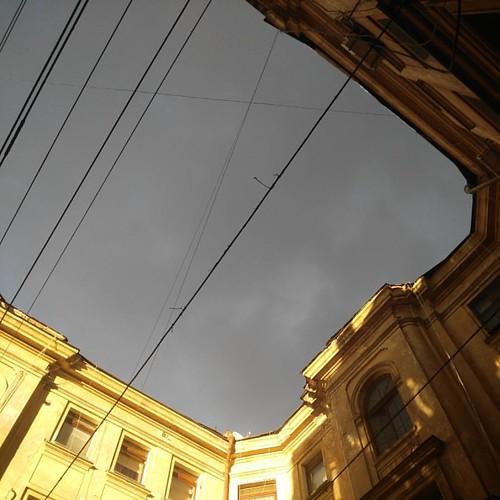 A little sun in a rainy day #sky #clouds #odessa_ukraine