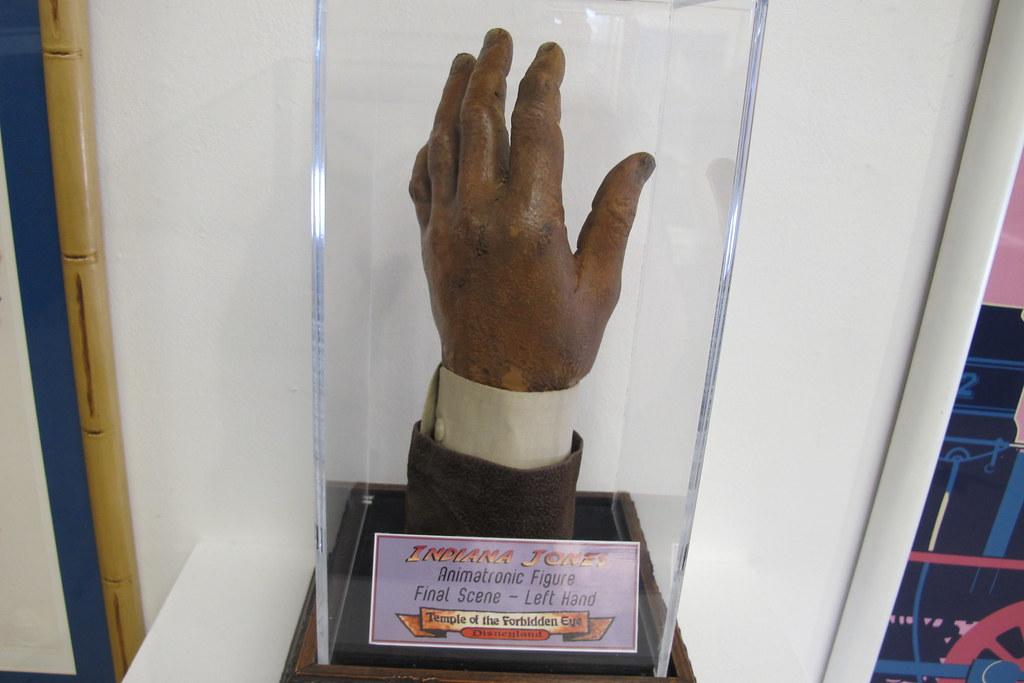 Indiana Jones hand