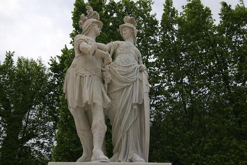 Schoenbrunn: statuary