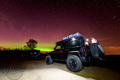 VagabondExpedition Jeep and Northern Lights