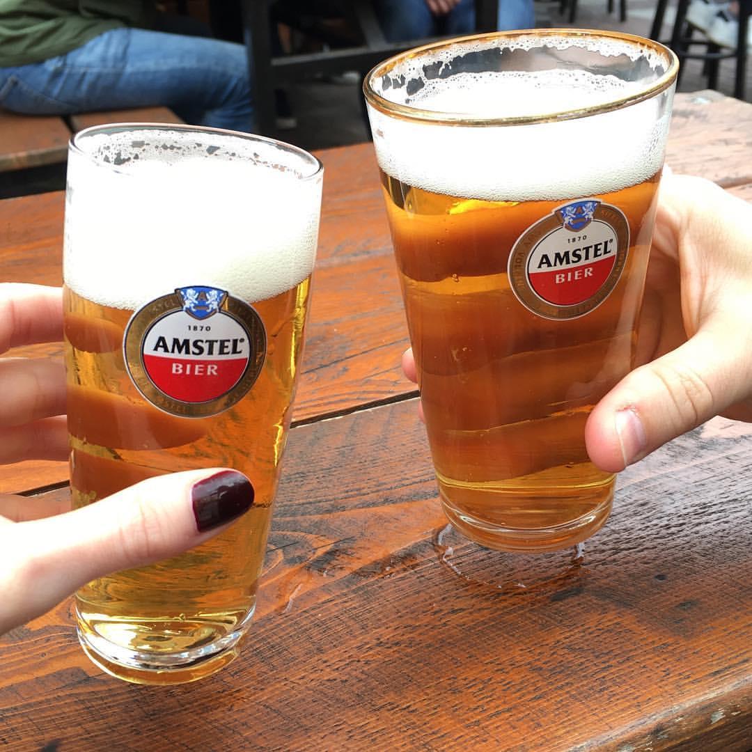 Mini beers // когда живешь в Баварии и пьешь пиво из минимум пол-литровых кружек, такие вот мини-порции очень умиляют. Ну и это, конечно, не Augustiner