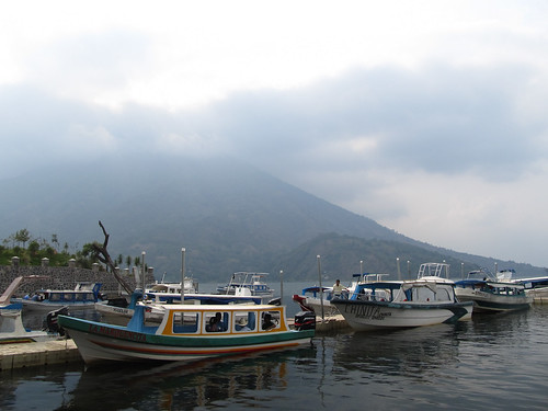 Santiago Atitlán: le volcan San Pedro