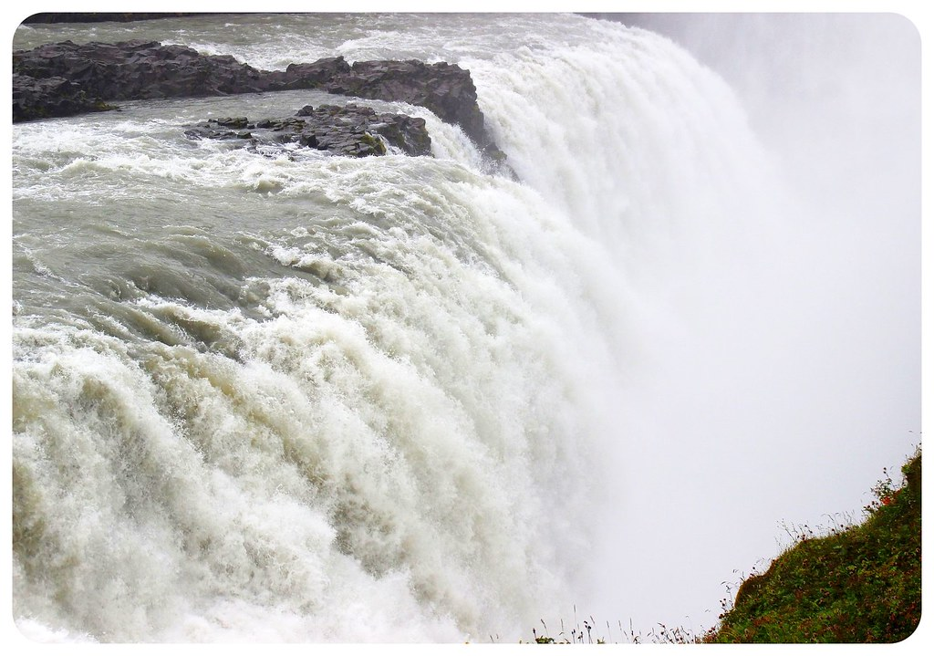 gullfoss waterfall close-up