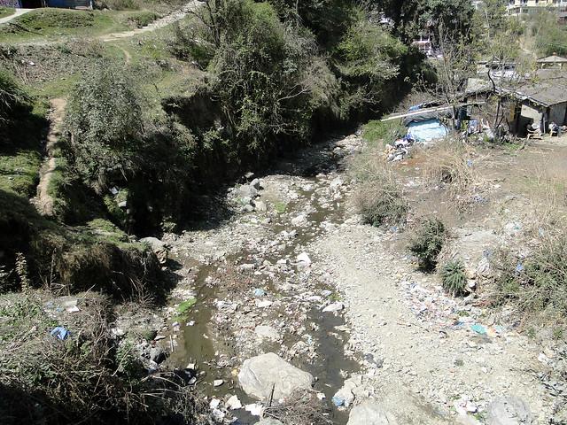 संकट में हेंवल नदी का अस्तित्व