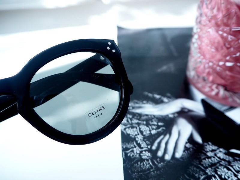 celine2sunnies,celinesunnies6, sunnies, sunglasses, aurinkolasit, celine, céline, preppy, celine preppy, muotitalo, ranskalainen, france, ostokset, shopping, sunglasses shop, asusteet, accessories, fashion, muoti, design, uv-suoja, polarisoidut, linssit, polarized, black, preppy model, preppy malli, stylish, finest, elegant, new, uudet, arvostelu, kokemukset, mitä mieltä, retrp, uniikki, muotoilu, handmade, käsintehty, kolme sarananiittiä, asetaatti, celine muotitalo, suostituimmat, most popular, celine logo, gold,