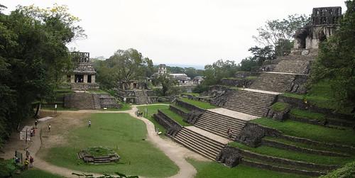 Palenque: vue depuis le Templo de la Cruz Foliada