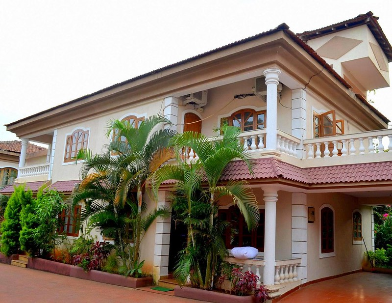 Villa in Goa - 4 BHK Paradise Villa with Pool, 5 mins from Baga