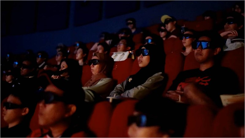 Moviegoers watching Batman V Superman in IMAX