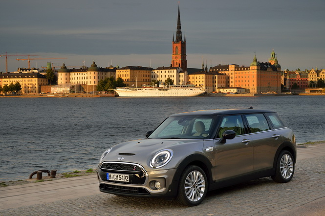 MINI-Cooper-S-Clubman-Melting-Silver-metallic-images-56