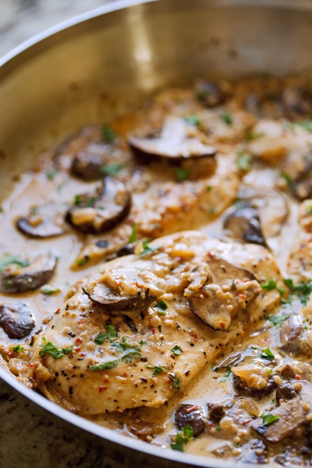 One Skillet Chicken With Garlicky Mushroom Cream Sauce Recipe