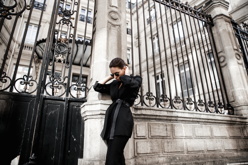 all black Paris fashion week street style Isabel Marant sneakers cropped kick flare Stella McCartney blazer Bassike belt modern legacy (6 of 8)