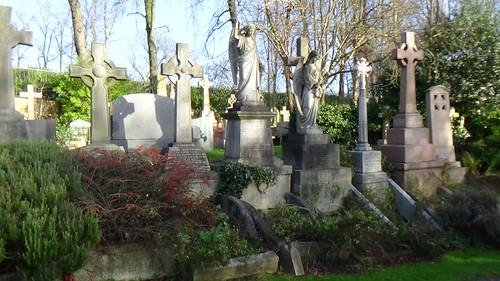 Highgate Cemetery Dec 15 (2)