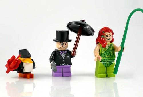 LEGO DC Superheroes 76035 Jokerland figures 03