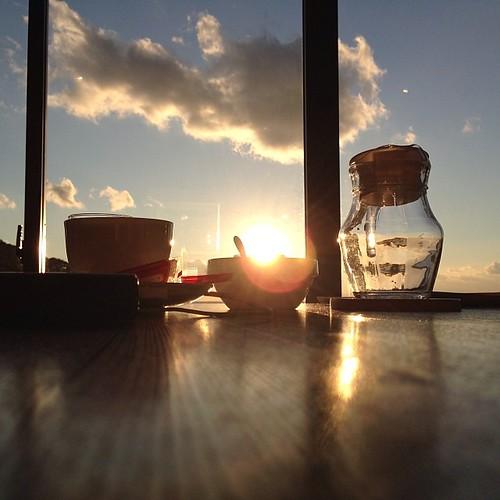 sunset uploaded:by=flickstagram instagram:venuename=e6b5b7e5a5b3dininge38182e381a5e3828a instagram:venue=14268552 instagram:photo=62071986478943186635949956