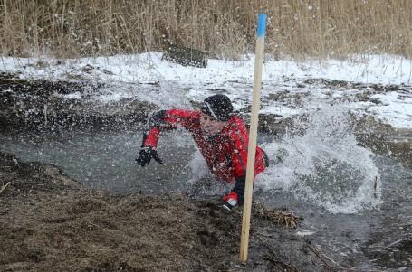 Tři a půl hodiny potřeboval vítěz extrémního Lipno Ice Marathonu