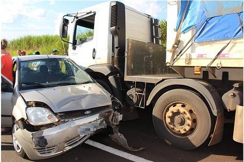 acidente br 376 iguatemi
