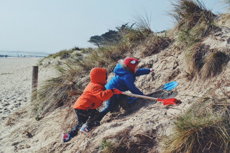 beach climbing dunes