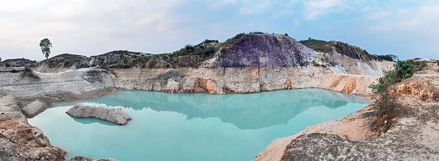 China Clay lake (Birishiri)