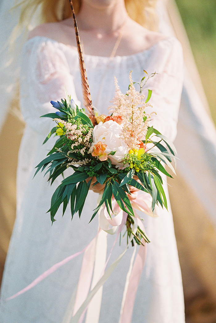 wildflowers bouquet for Bohemian wedding inspiration shoot in the countryside with a dose of vibrancy | photo by Igor Kovchegin | Fab Mood - UK wedding blog #bohemian