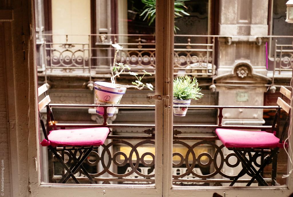 Barcelona, Interior