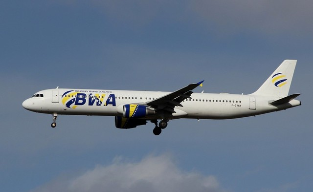 BOSNIAN WAND AIRLINES 321-100 F-GYAN(cn535)