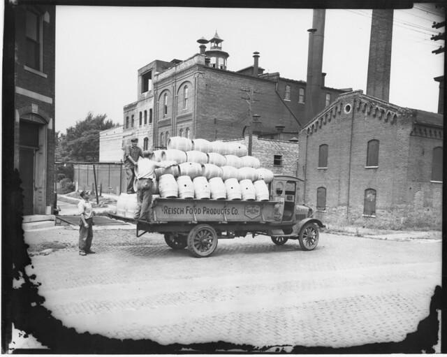 reisch-beer-truck