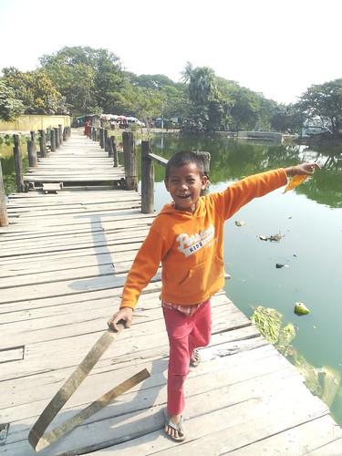 M16-Mandalay-Quartier des moines-Enfants (4)