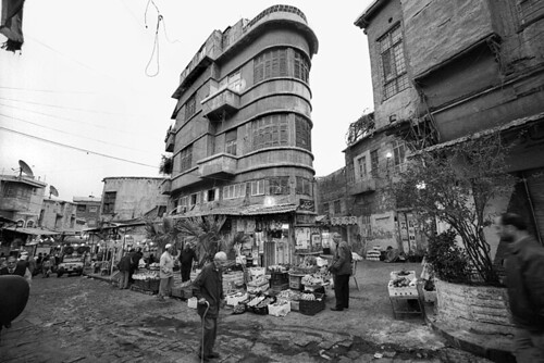 street people bw film architecture analog blackwhite market voigtlander bessa middleeast documentary bn biancoenero reportage marellaluca