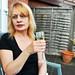 Small photo of Champagne alfresco