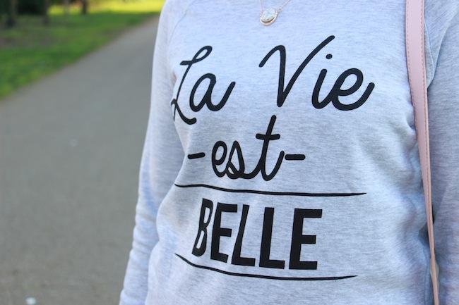 le_sweat_cest_chic_3_façons_de_le_porter_blog_mode_la_rochelle_7