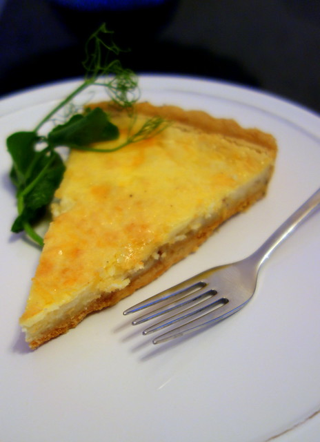 Cantal cheese tart