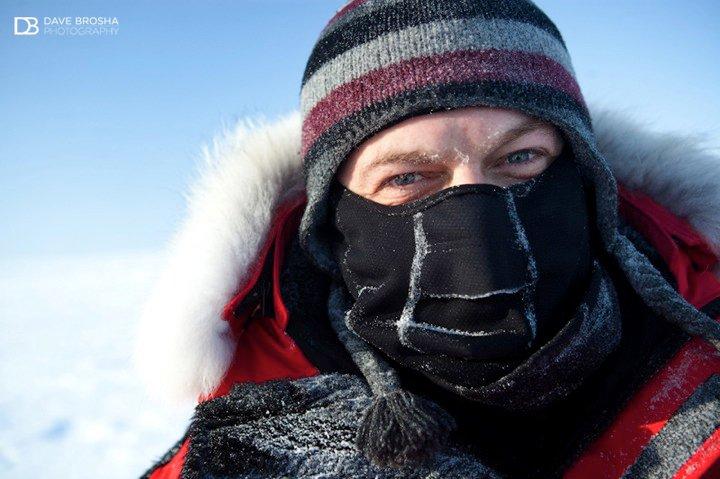 Լևոն Սևունց<br>Լուսանկարը` Դեյվ Բրոշայի, Կանադայի ամենահյուսիսային կետը, 2006