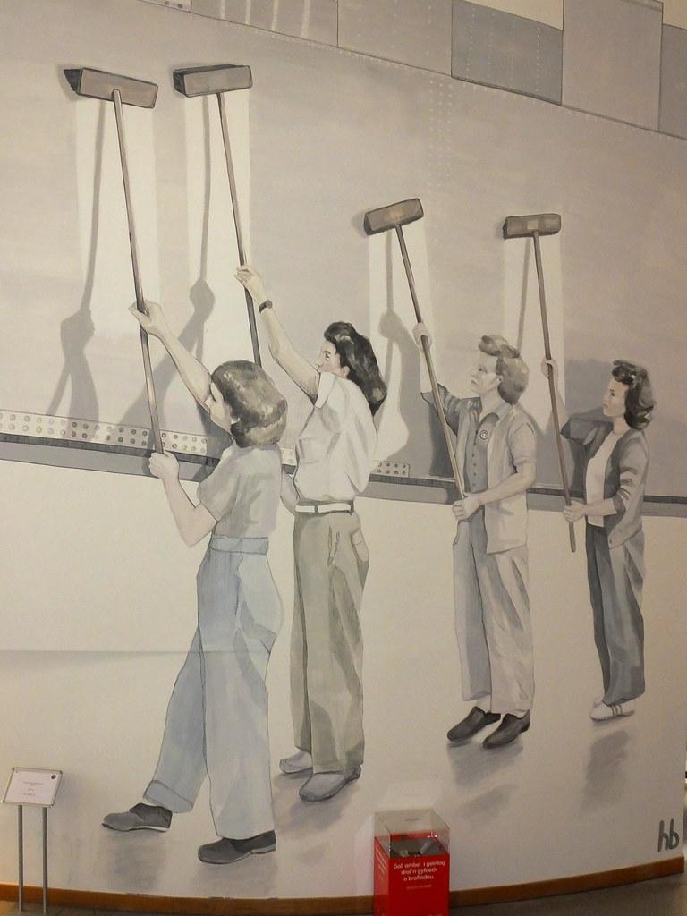 Women on the world art in WMC by Helen Bur