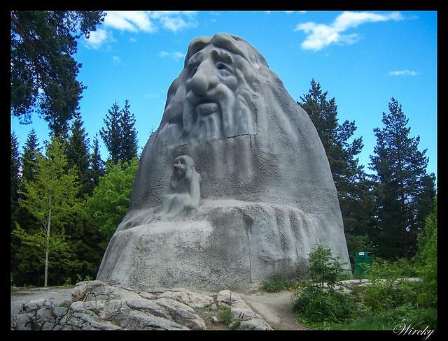 Fiordos noruegos Oslo parque Vigeland Bygdoy Holmenkollen - Trol Kollentrollet