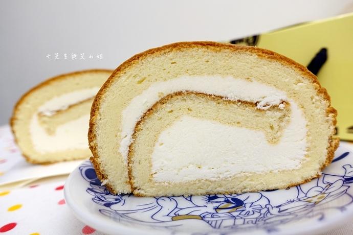 17 老胡賣點心 蜂蜜抹茶蛋糕捲 蜂蜜蛋糕捲 一口乳酪球 火腿乳酪球 一口巧克力