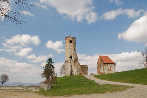 ruins croatia stmartin zagreb hrvatska xvicentury ruševina dugoselo svetimartin martinbreg xvistoljeće