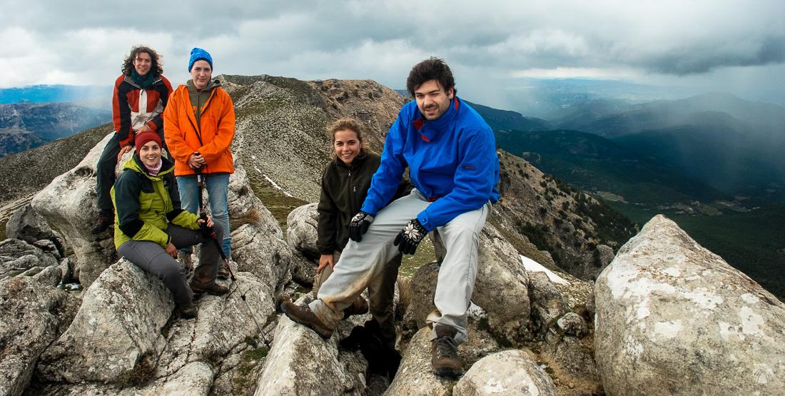 Cumbre del Calar de la Sima. Un kilómetro más al norte se distingue el vértice geodésico