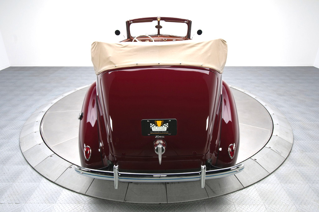 39017_Q Ford Deluxe 221CI Flathead V8 3SPD Convertible Sedan_Burgundy