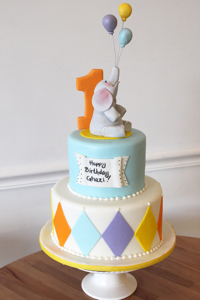 first birthday cake baby themed cakes oakleaf cakes bake shop 4075