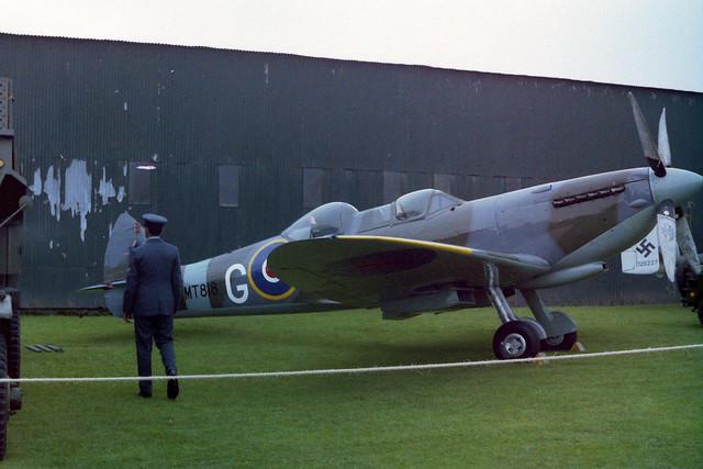 MT818/G-M Spitfire Vlll